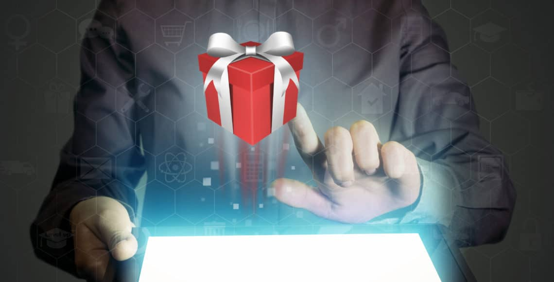 """12 """"Smart Gifts"""" For the Holidays"""